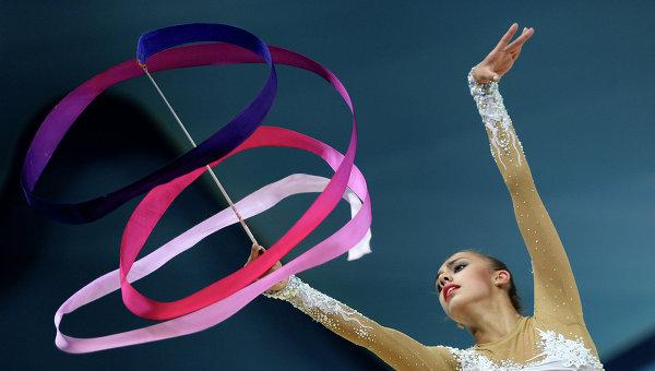 Элементы художественной гимнастики с лентой